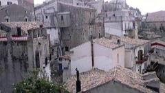 crucoli-vista-dalla-piazza.jpg