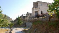 Fiumefreddo-bruzio-castello-g.jpg