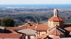 800px-Laureana_Panorama_Porto_Gioia_Chiesa_Madre.jpg