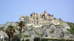 roccella_castello.jpg