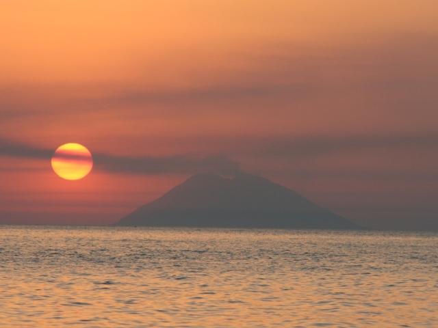 Il-sole-sta-per-tramontare---Capo-Vaticano